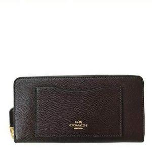 COACH Crossgrain Leather Accordion Zip Wallet NWT